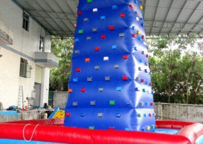 Uppblåsbar klättervägg
